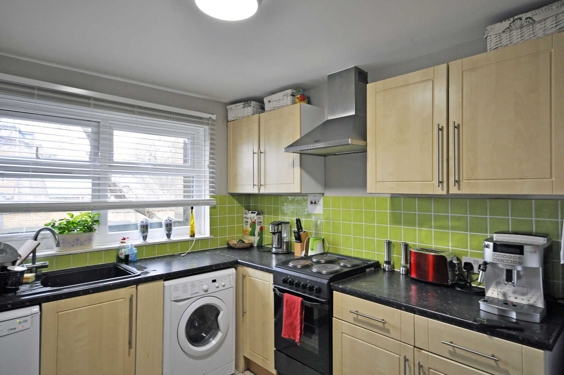 Flats And Apartments To Rent In Putney L2L261-528