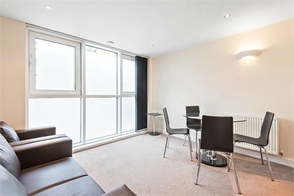 Flats And Apartments To Rent In London L2L264-813