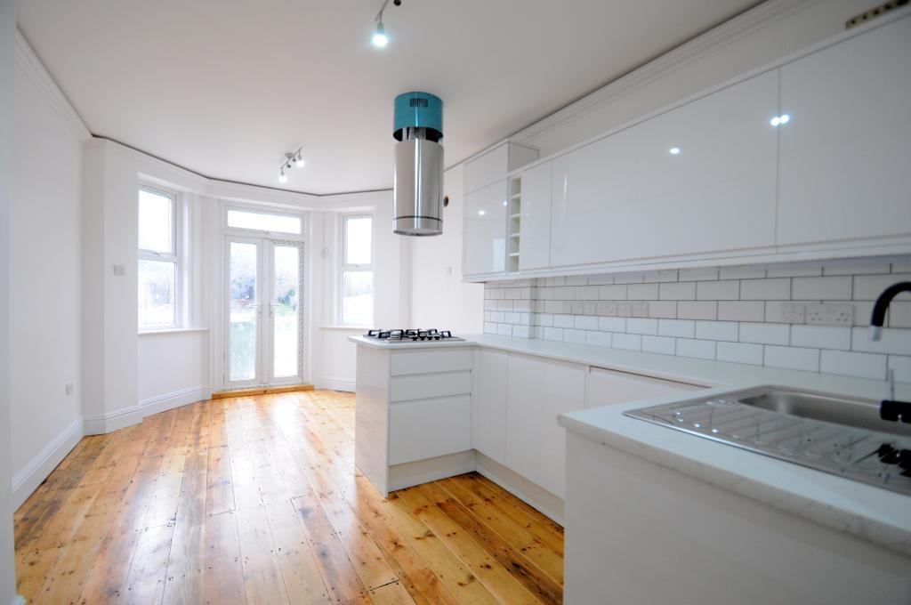 Property To Rent In London L2L2661-243