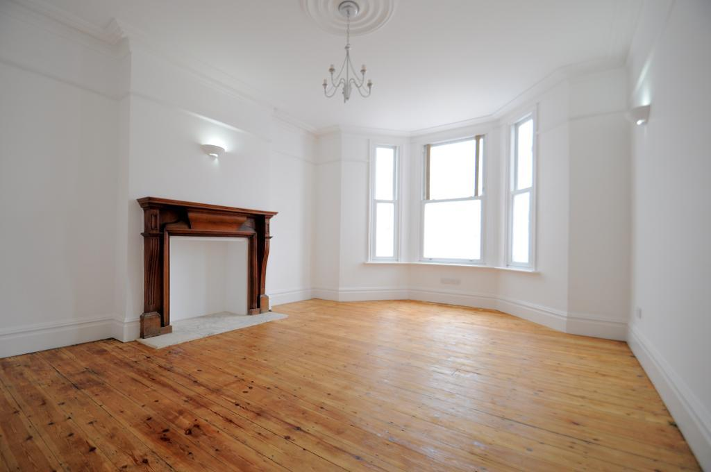 Flats And Apartments To Rent In London L2L2661-243