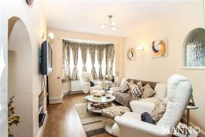 Property & Flats to rent with Mann Countrywide (Sutton) L2L2786-299