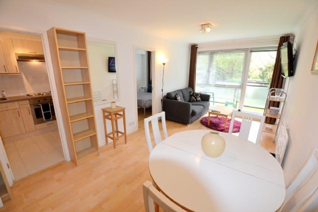 Flats And Apartments To Rent In London L2L28-313