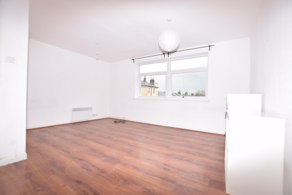 Property To Rent In London L2L288-625