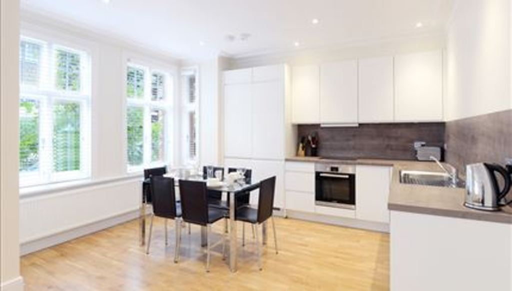 Flats And Apartments To Rent In Ravenscourt Park L2L288-714
