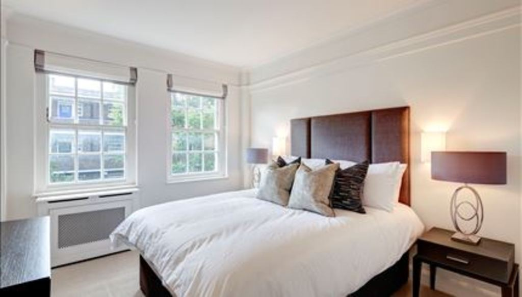 Rent In London L2L288-720
