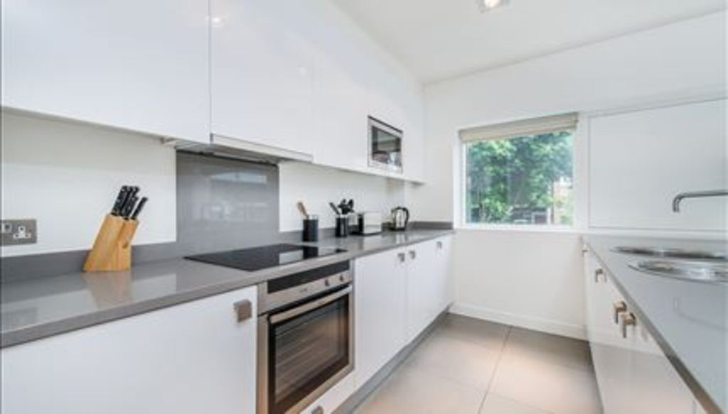 Flats And Apartments To Rent In London L2L288-800