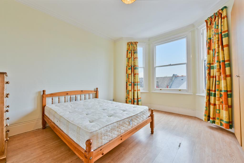 Flats And Apartments To Rent In London L2L29-119