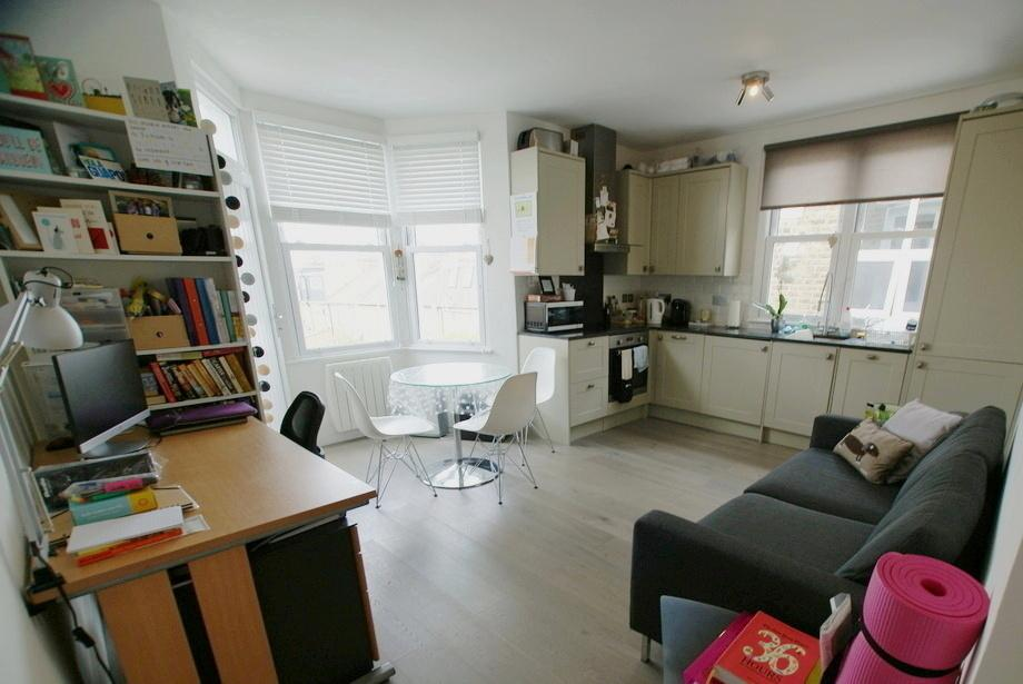Property To Rent In London L2L29-447