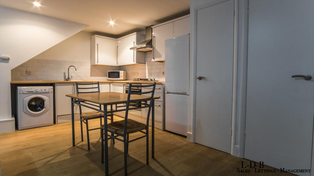 Flats And Apartments To Rent In Barons Court L2L29-518