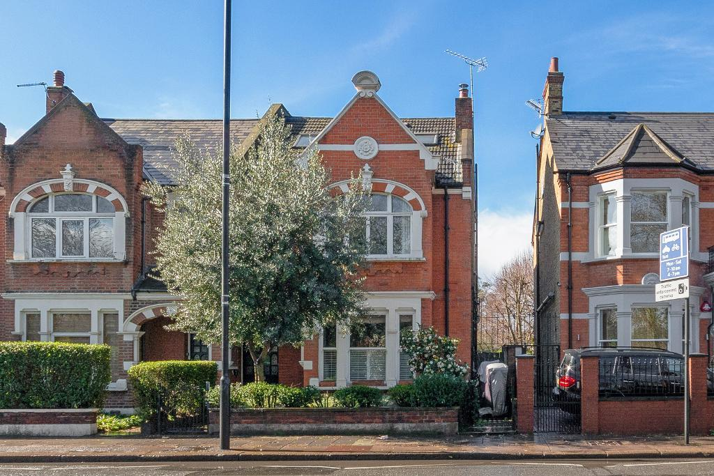 Flats And Apartments To Rent In London L2L29-682