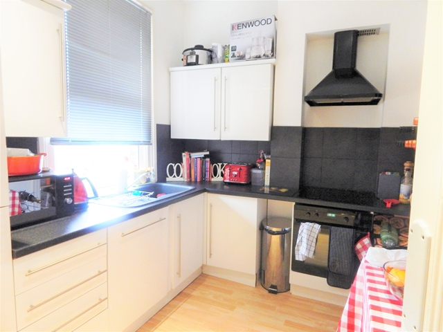 Flats And Apartments To Rent In London L2L3269-7128