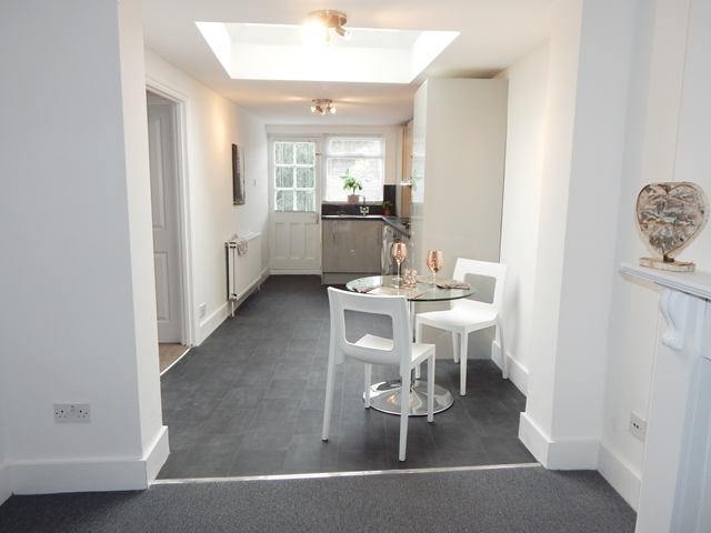 Property To Rent In London L2L3269-663
