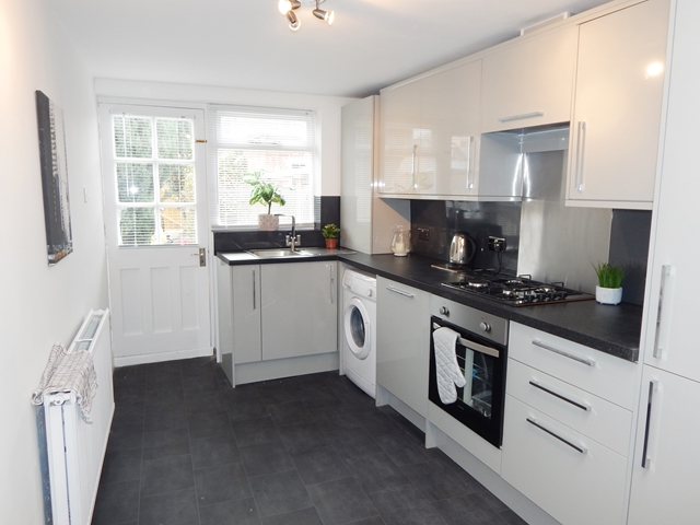 House To Rent In London L2L3269-663