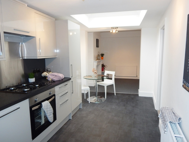 House To Rent In Wimbledon L2L3269-663