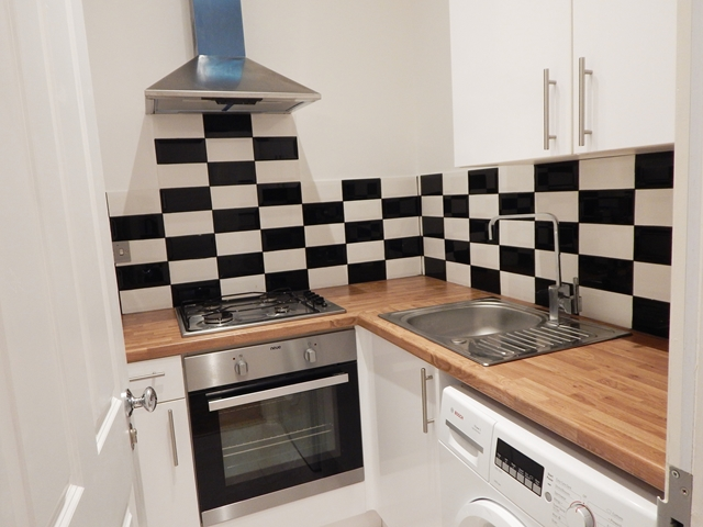 bed flat to rent woodstock road croydon london cr0 london2let