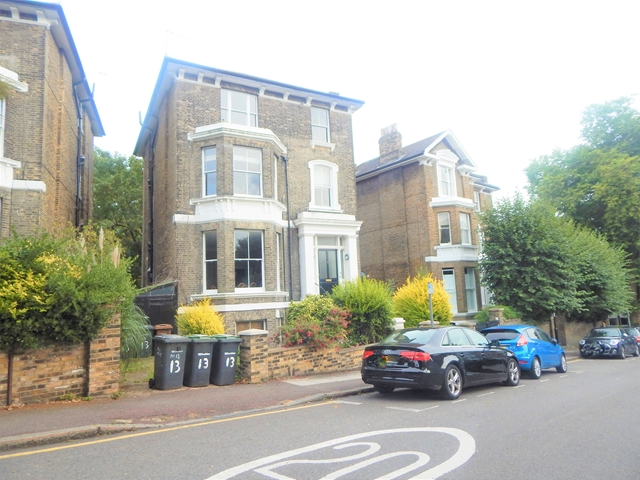 Property To Rent In London L2L3269-2627