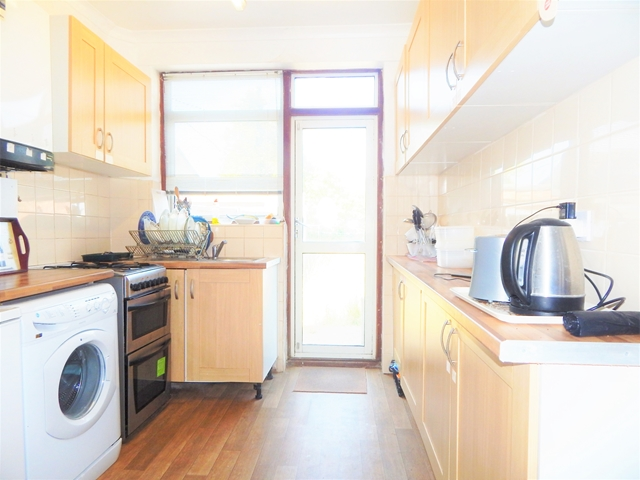Flatshare To Rent In Merton Park L2L3269-1491