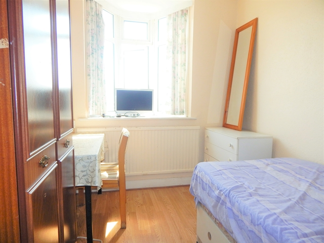 Flatshare To Rent In London L2L3269-1512