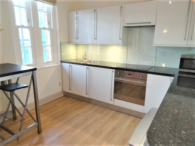 Property To Rent In London L2L3269-1524