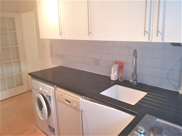 Flats And Apartments To Rent In London L2L3269-1526