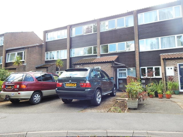 Property To Rent In London L2L3269-100
