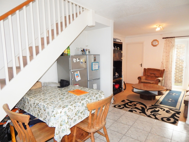 Flatshare To Rent In Southfields L2L3269-100