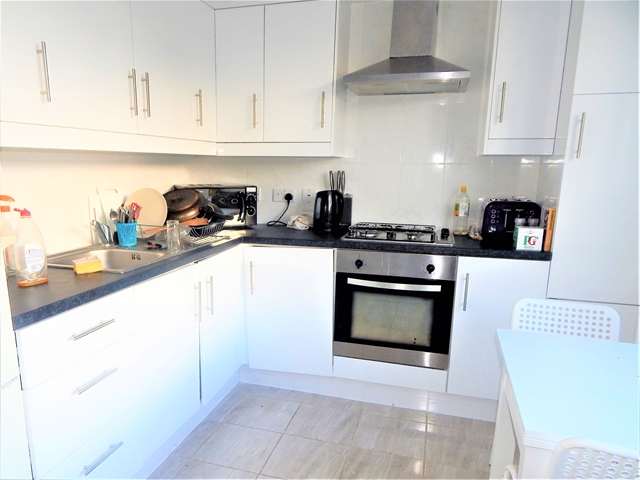 Flats And Apartments To Rent In London L2L3269-1660