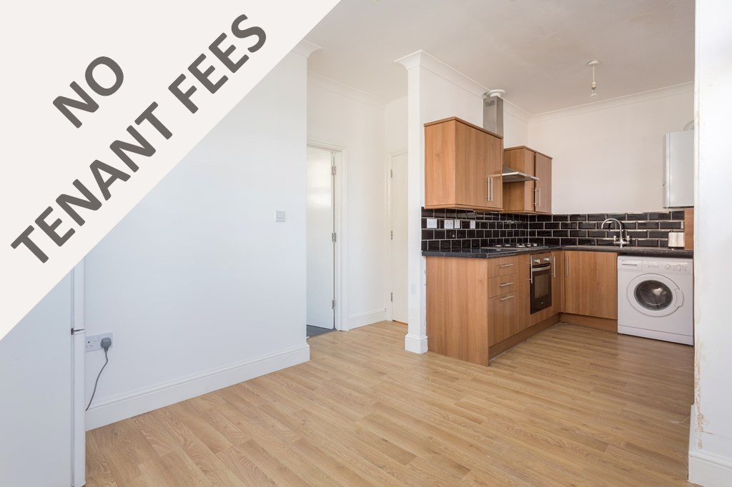 Property & Flats to rent with Spencers Property - Forest Gate L2L3331-557