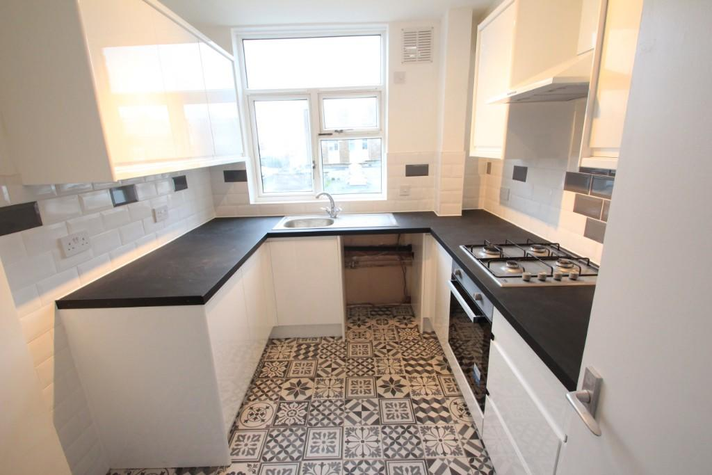 Property To Rent In London L2L3337-272