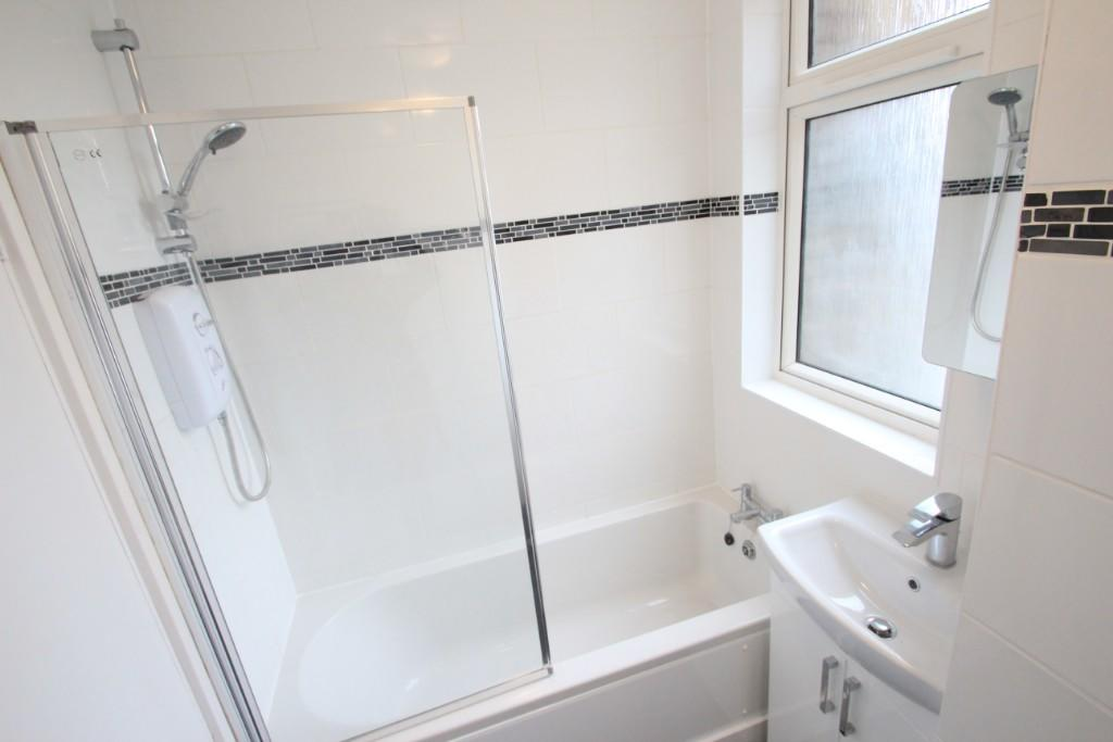 Flats And Apartments To Rent In London L2L3337-272