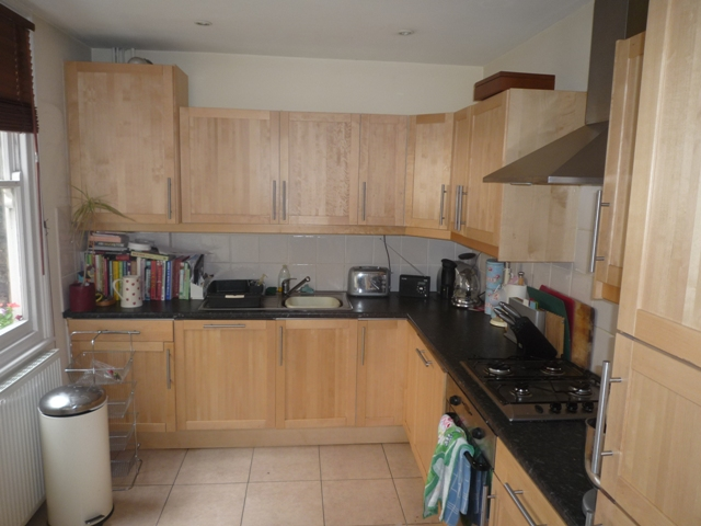 House To Rent In Merton Park L2L3476-388