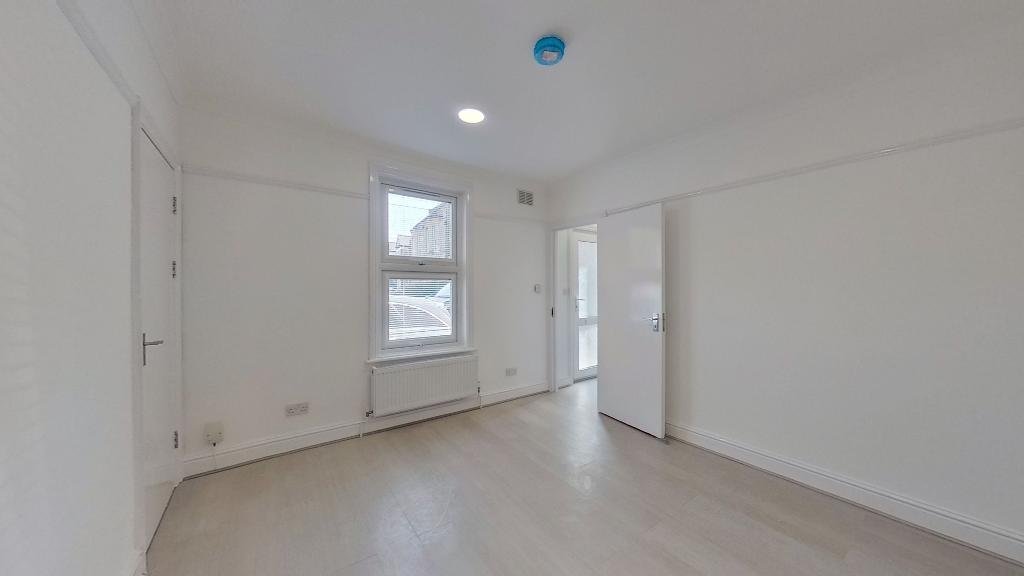 House To Rent In Merton L2L3476-1934