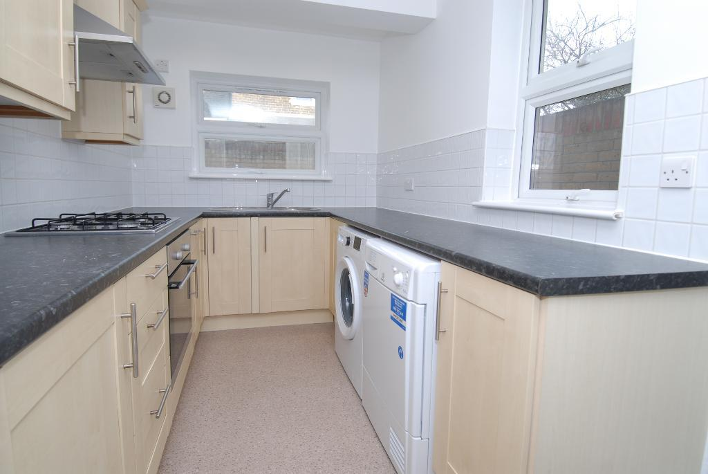 House To Rent In Merton L2L3476-382