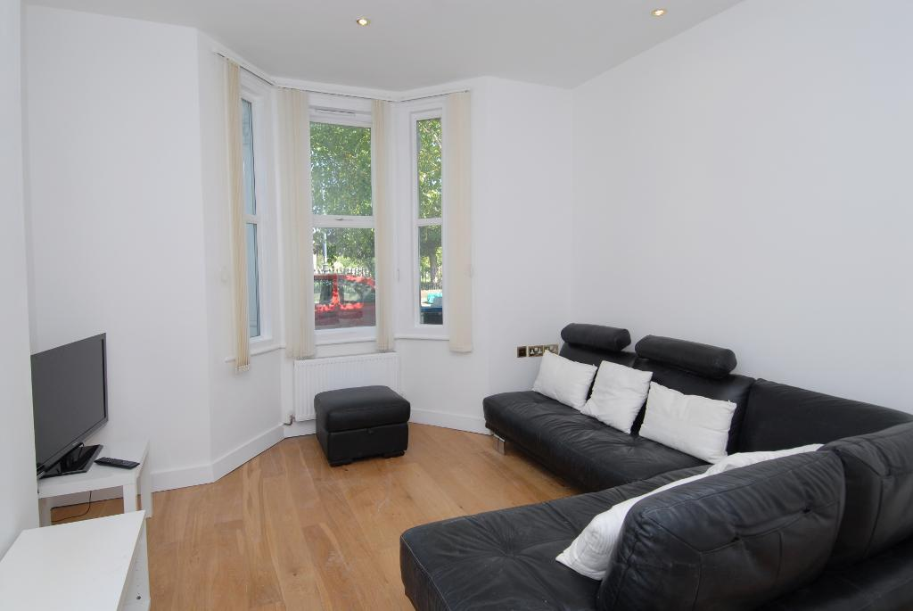 Property To Rent In London L2L3476-290