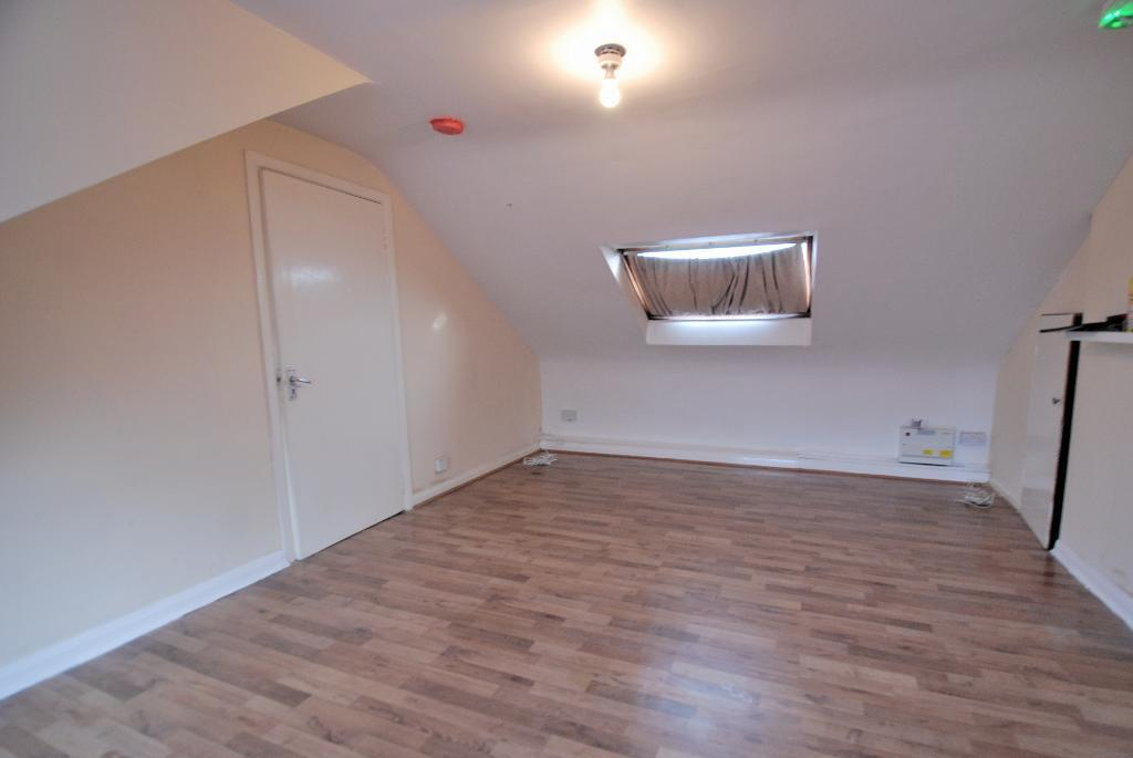 Flats And Apartments To Rent In Hanwell L2L3535-175