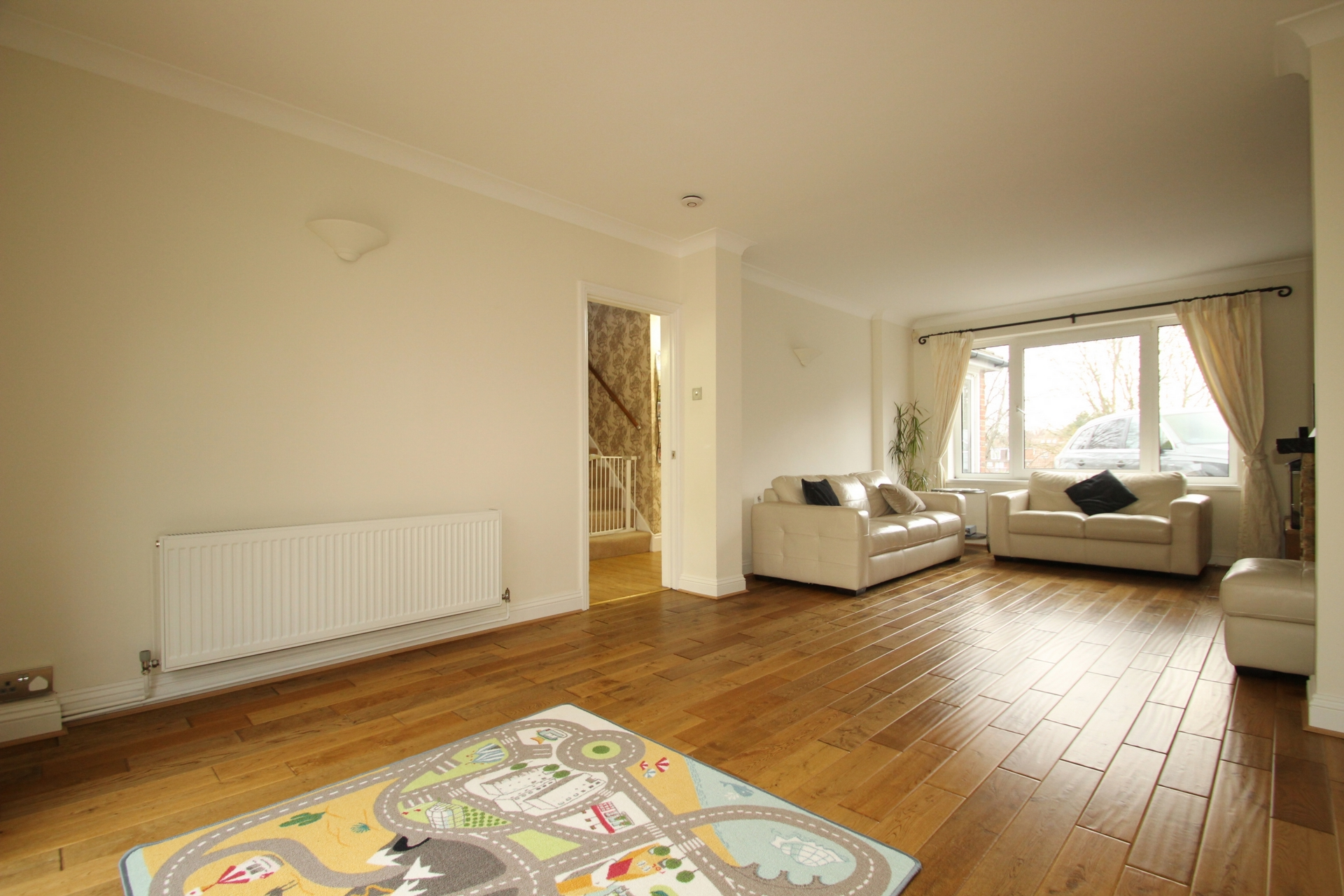 House To Rent In Green Street Green L2L358-100