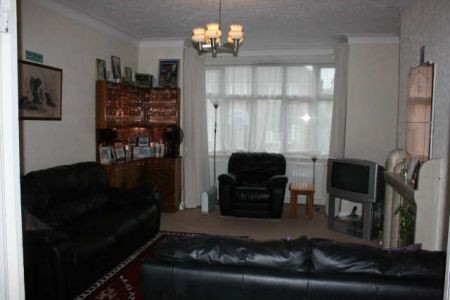 Student To Rent In London L2L3681-528