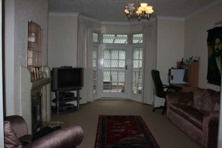 Student To Rent In Finchley L2L3681-528