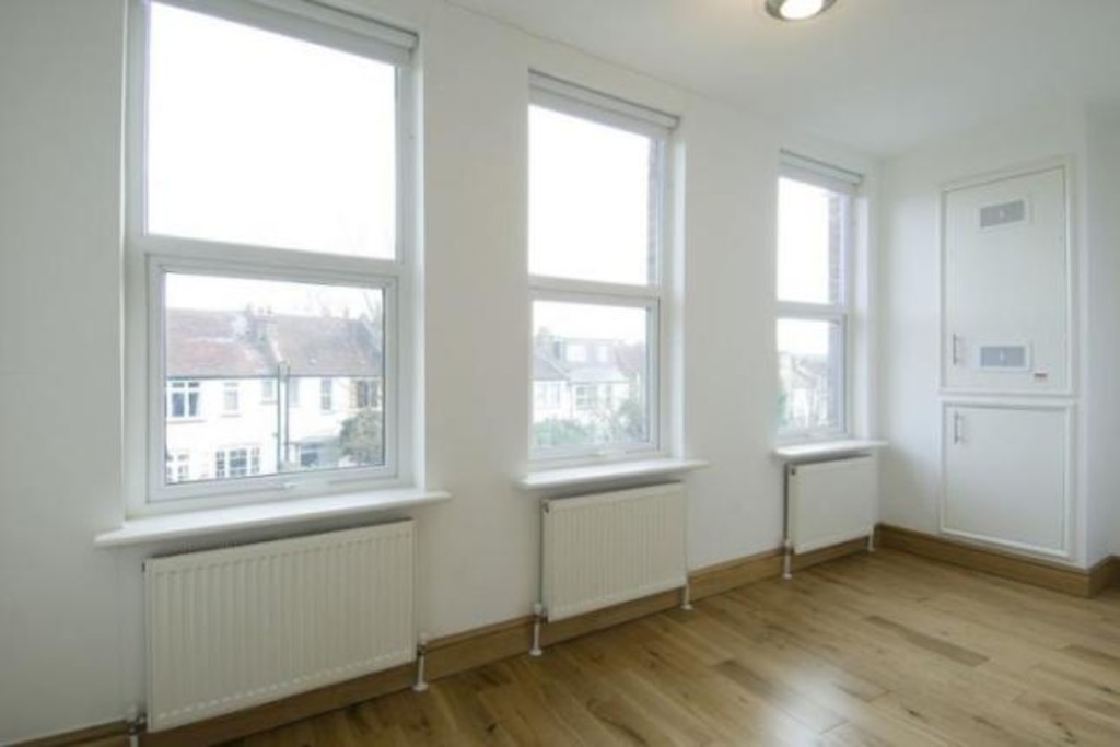 Student To Rent In London L2L3681-529