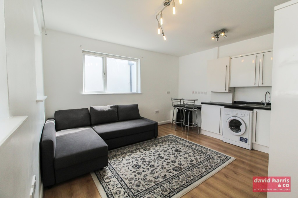 Property To Rent In London L2L3681-550