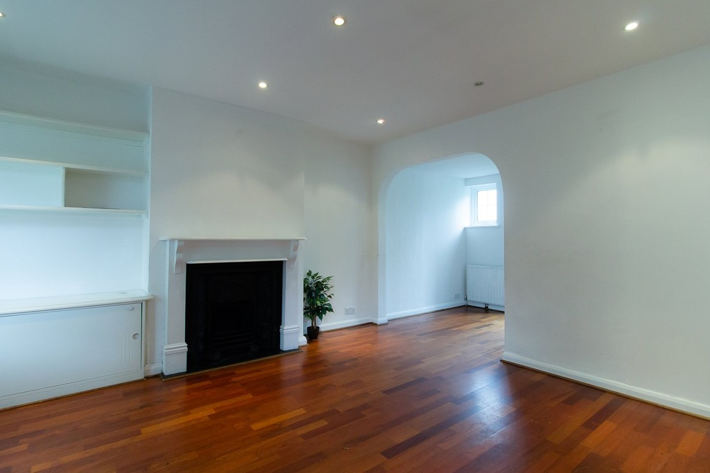 Property To Rent In London L2L3681-555