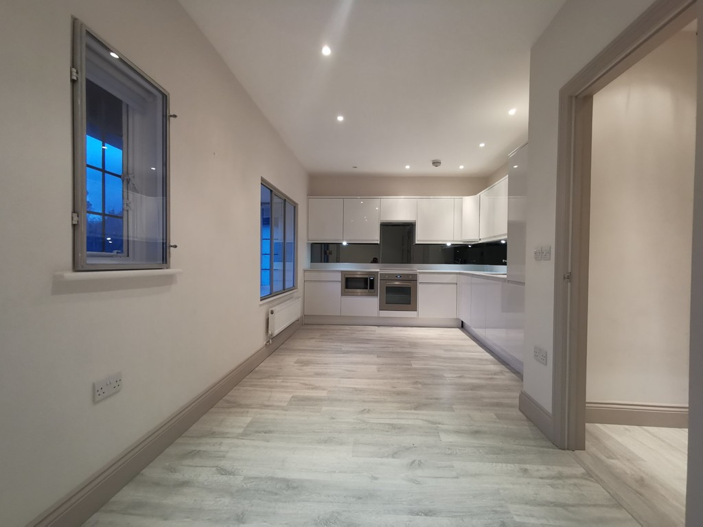 Student To Rent In London L2L3681-599