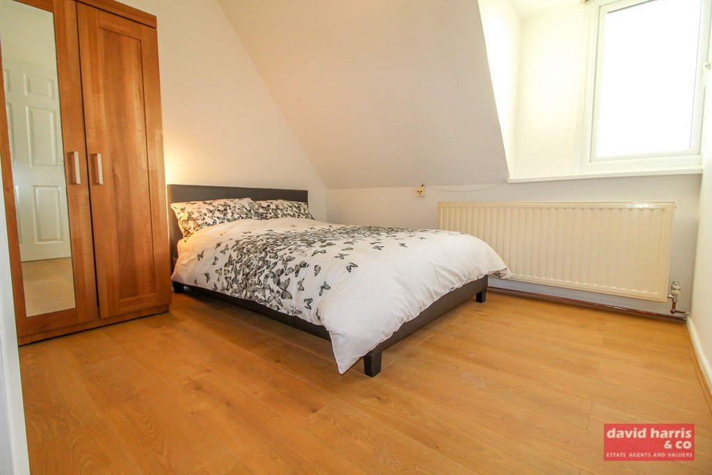 Student To Rent In North Finchley L2L3681-680