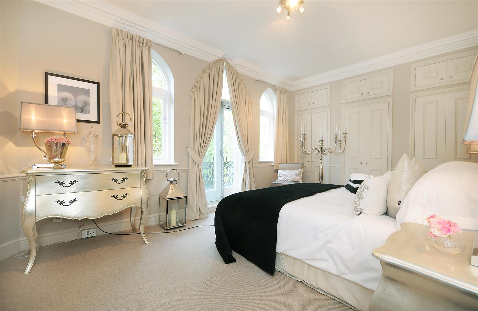 Flats And Apartments To Rent In London L2L3688-1815
