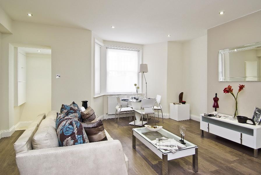 Property To Rent In London L2L388-726