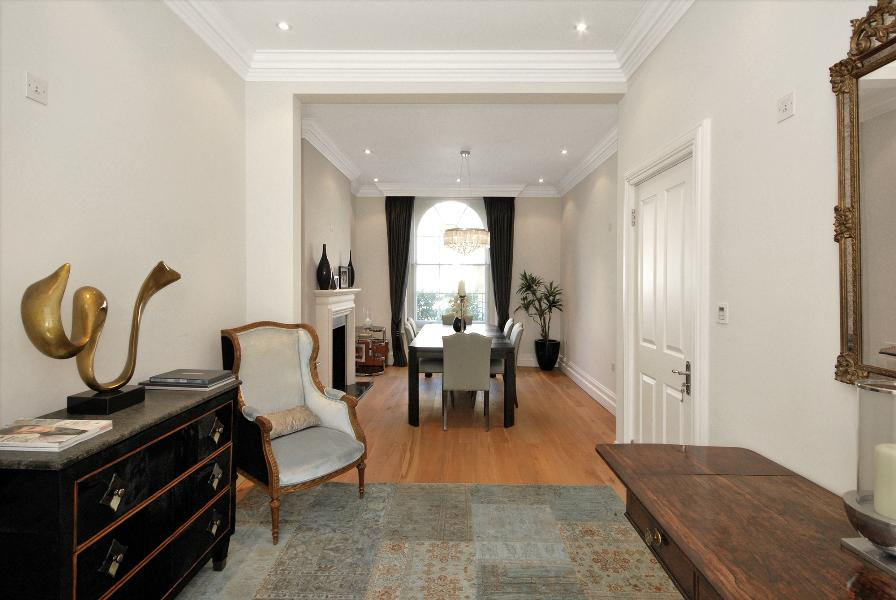 House To Rent In London L2L388-114