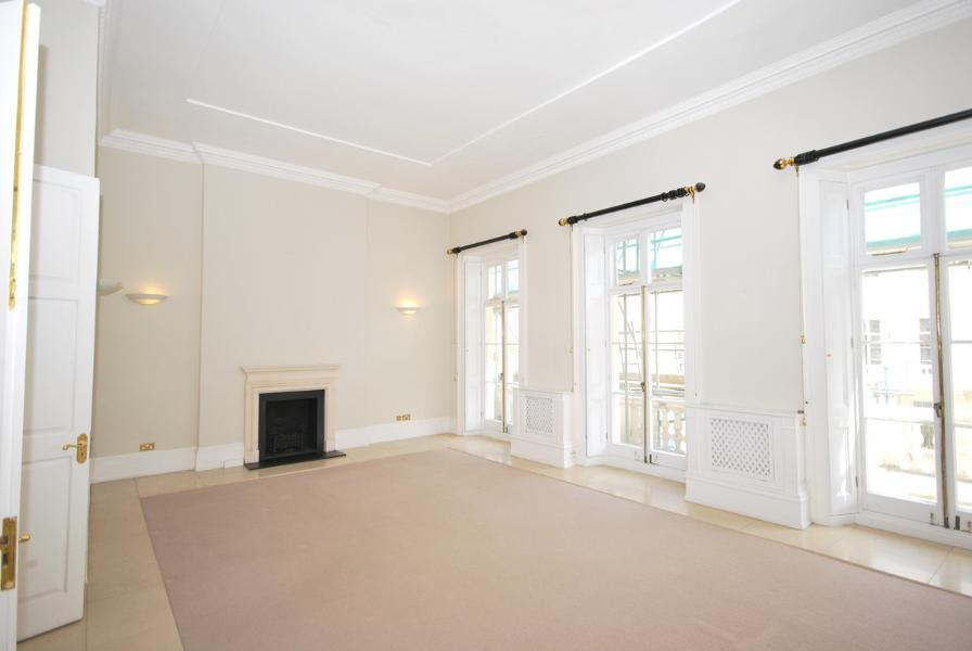 Property To Rent In London L2L388-139
