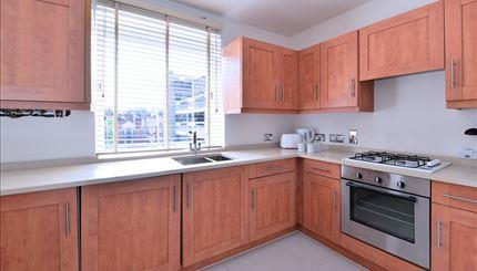 Flats And Apartments To Rent In London L2L388-1033