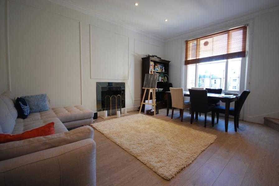 Property To Rent In London L2L388-1013