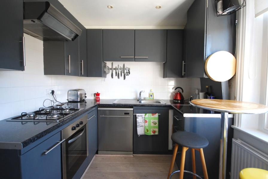 Flats And Apartments To Rent In The Boltons L2L388-1013